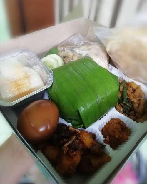 Nasi Box dan Nasi Besek Depok
