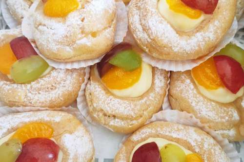 Fruit Choux Pastry